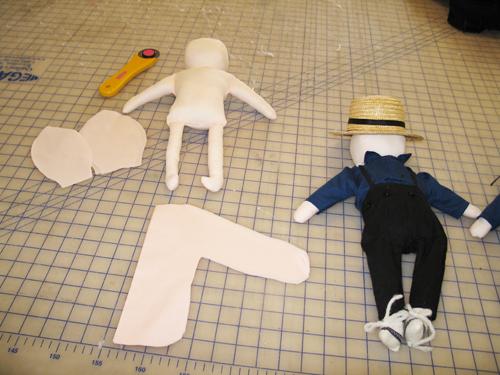 faceless amish doll
